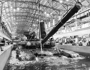 Т-90 в бассейне